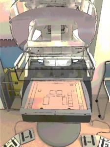品質管理用の模型を撮影しているところです。装置は高精度であることが求められ、日々細かく点検を行っています。