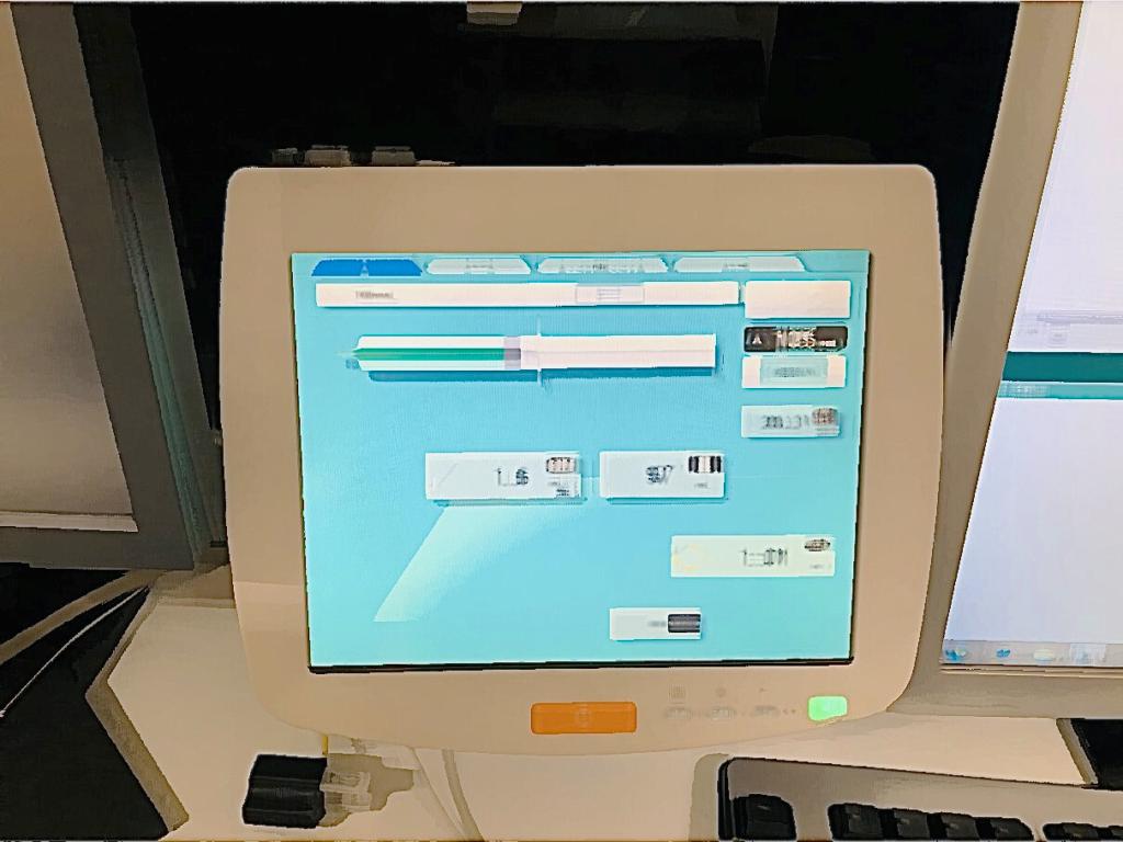 こちらは、インジェクター設定パネルの絵です。造影剤の量、注入速度等は操作パネルにて設定します。設定は検査によりさまざまです。