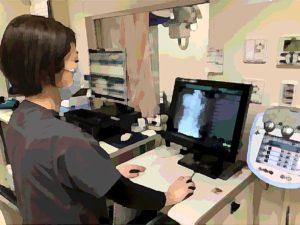 撮影した画像をコンソールにて確認し、サーバーに転送します。この転送された画像を医師が診て、診断を行います。